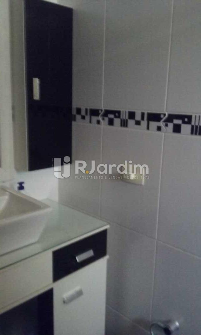 banho suíte  - Cobertura Leblon, Zona Sul,Rio de Janeiro, RJ À Venda, 2 Quartos, 149m² - LACO20097 - 8