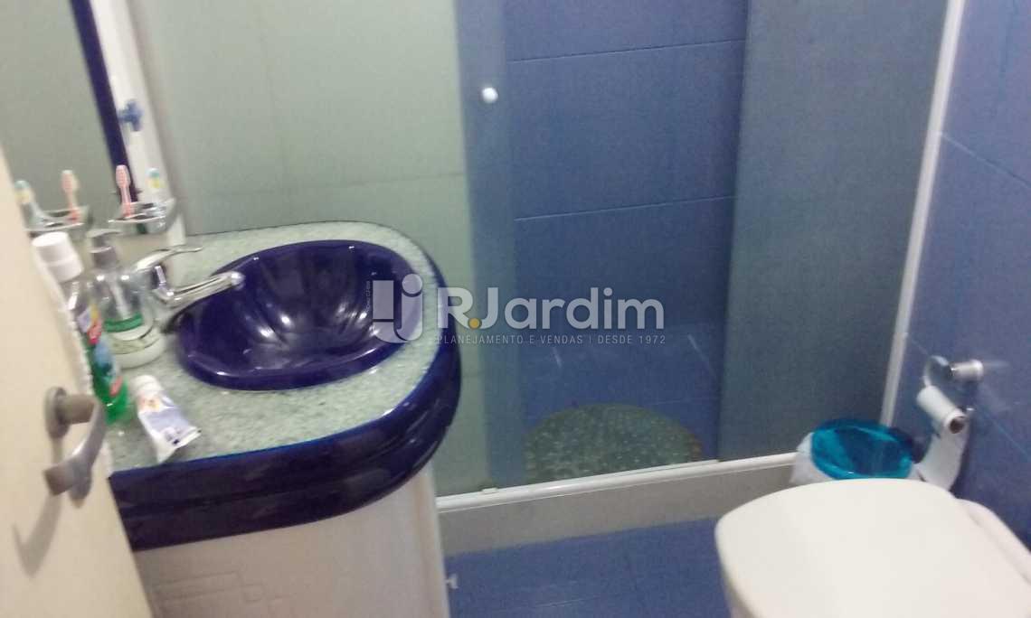 banheiro social - Cobertura Leblon, Zona Sul,Rio de Janeiro, RJ À Venda, 2 Quartos, 149m² - LACO20097 - 13