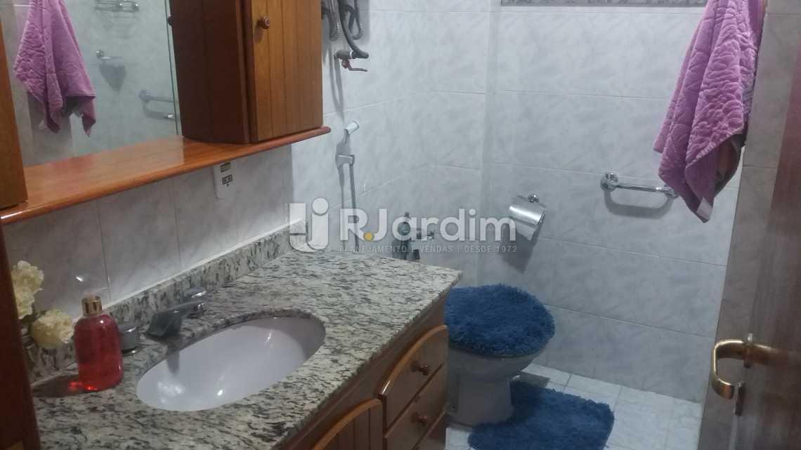 Banheiro - Apartamento À VENDA, Copacabana, Rio de Janeiro, RJ - LAAP20858 - 11