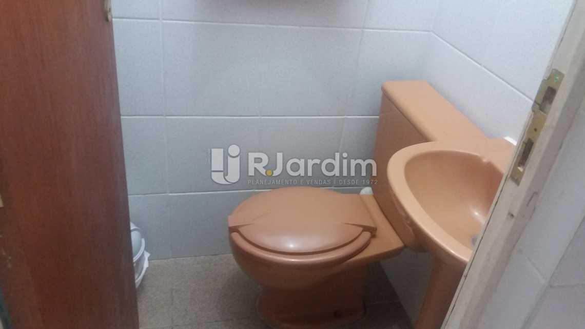 WC serviço - Apartamento À VENDA, Copacabana, Rio de Janeiro, RJ - LAAP20858 - 13