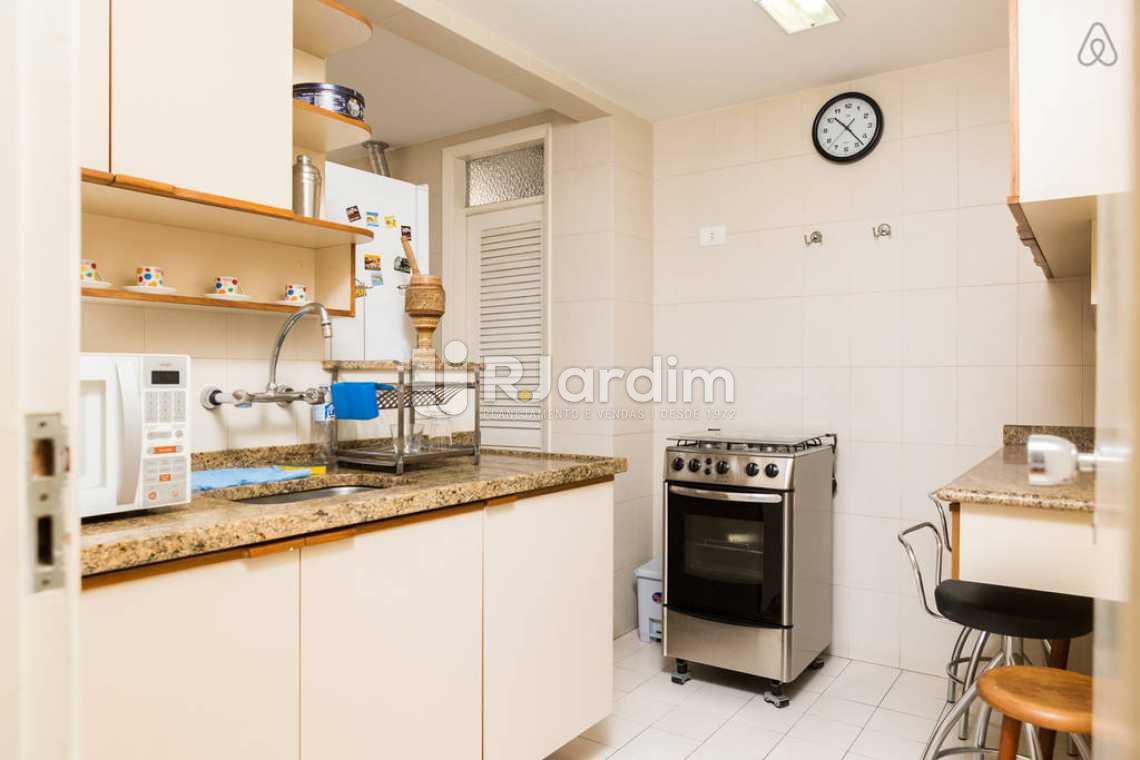 cozinha - Apartamento Leblon, Zona Sul,Rio de Janeiro, RJ Para Alugar, 2 Quartos, 80m² - LAAP20859 - 8