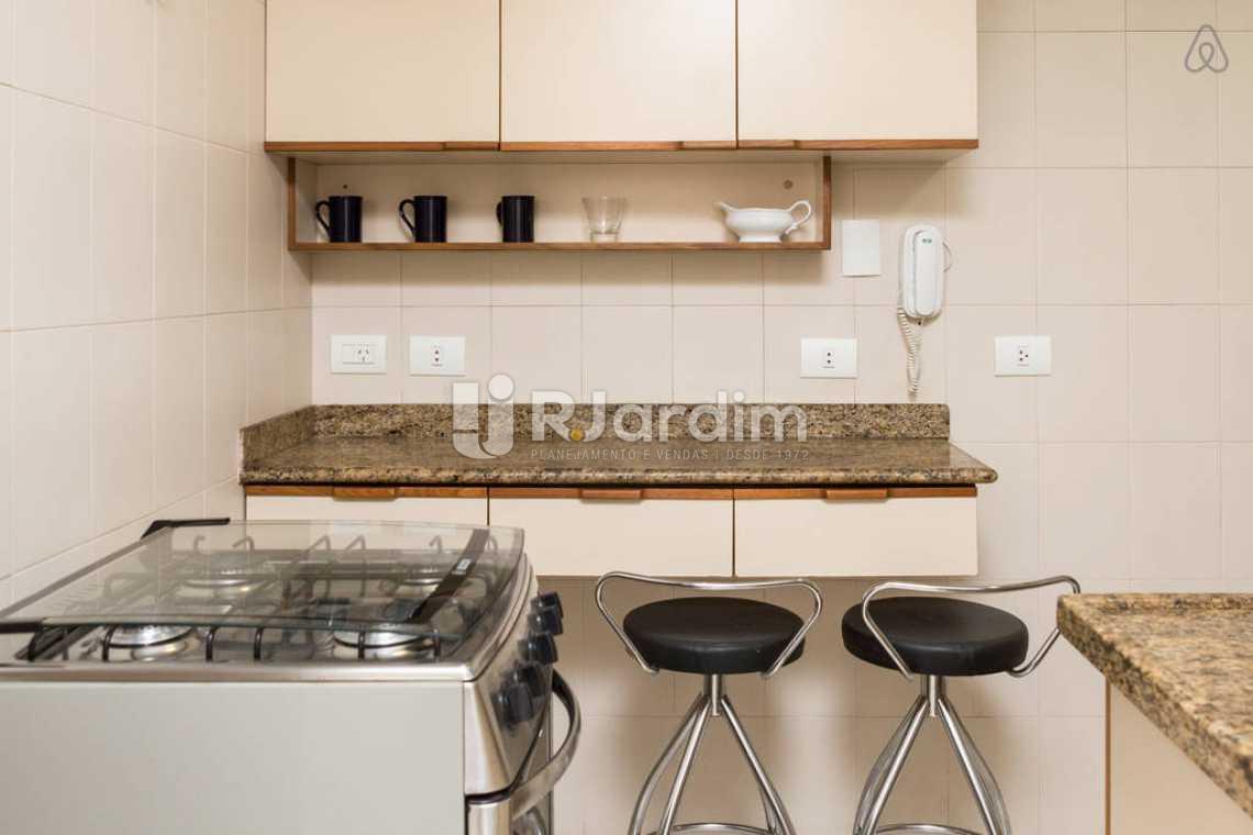 arm cozinha - Apartamento Leblon, Zona Sul,Rio de Janeiro, RJ Para Alugar, 2 Quartos, 80m² - LAAP20859 - 9