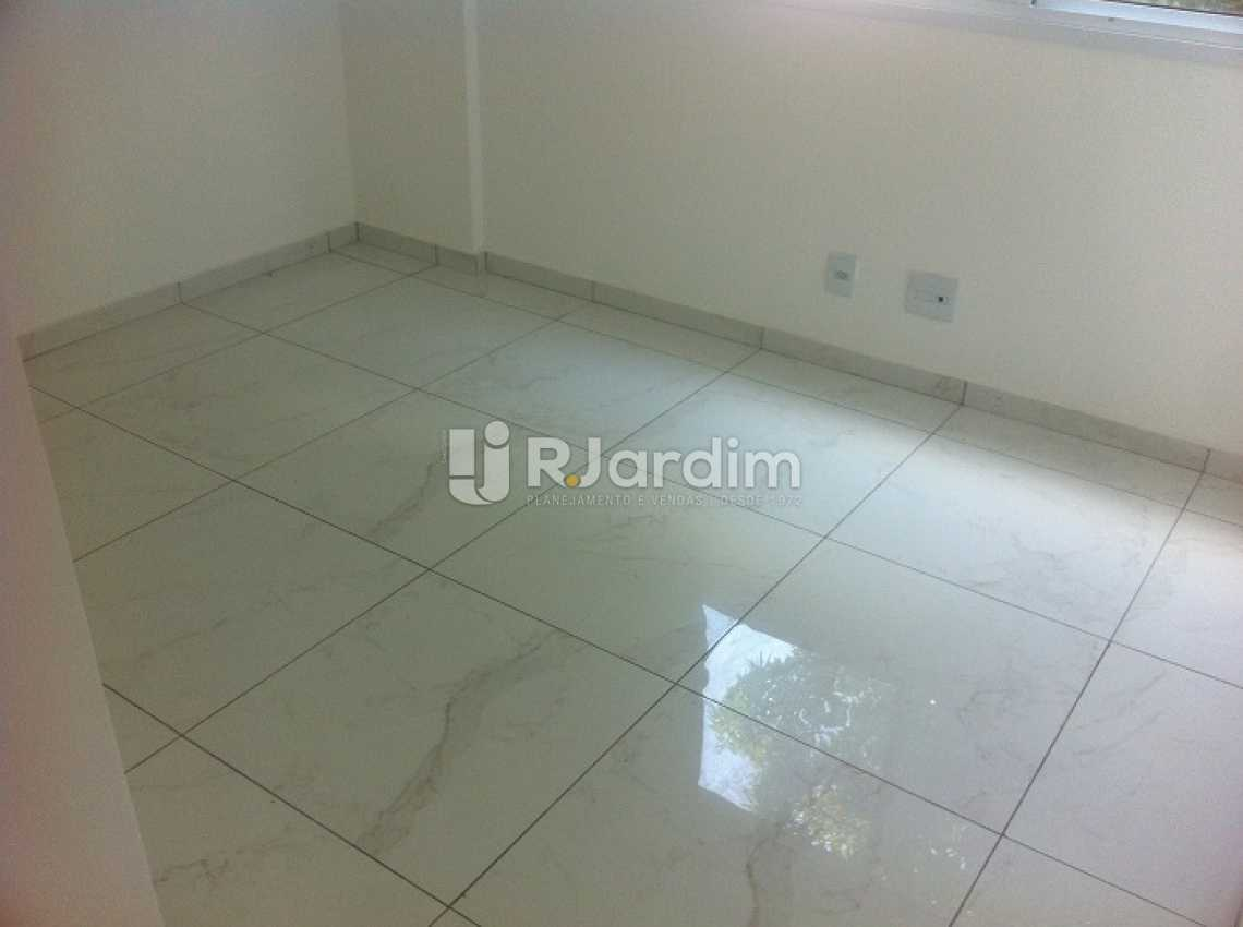 VIA MARGUTTA - Via Margutta Apartamento Tijuca 2 Quartos - LAAP20860 - 9