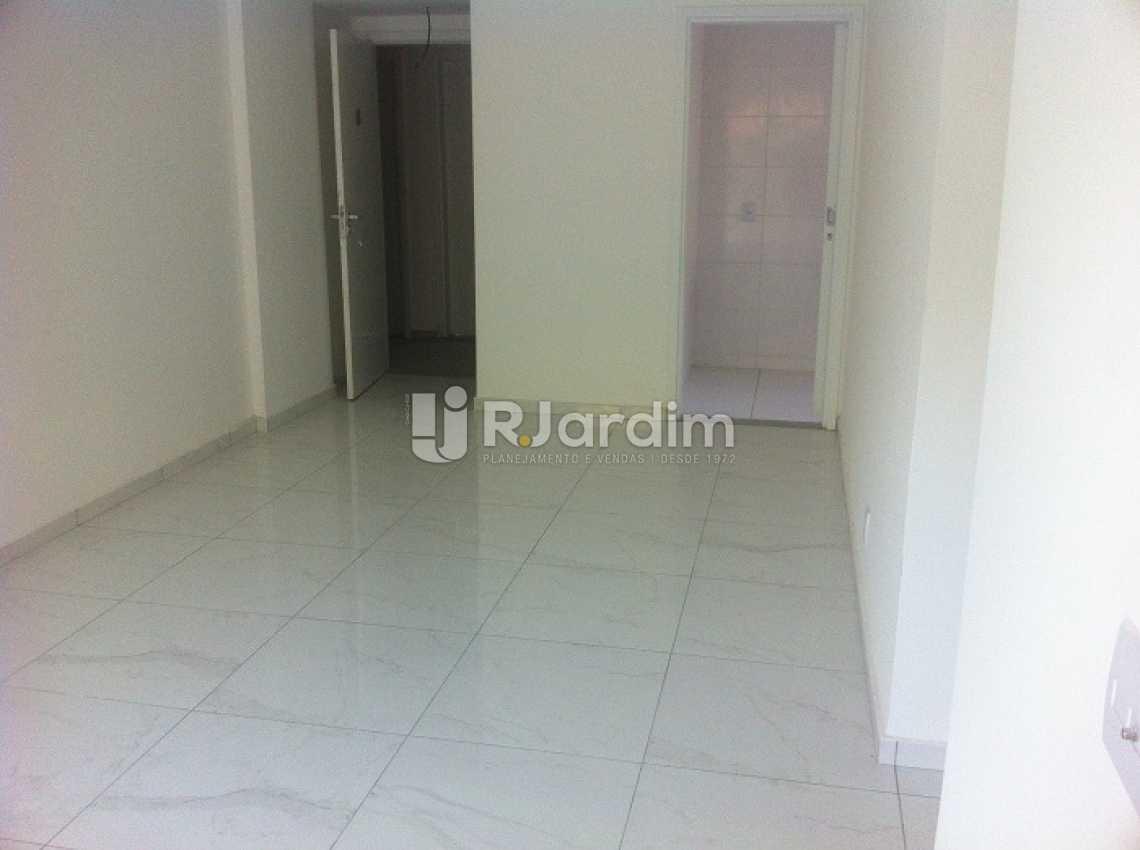 VIA MARGUTTA - Via Margutta Apartamento Tijuca 2 Quartos - LAAP20860 - 5
