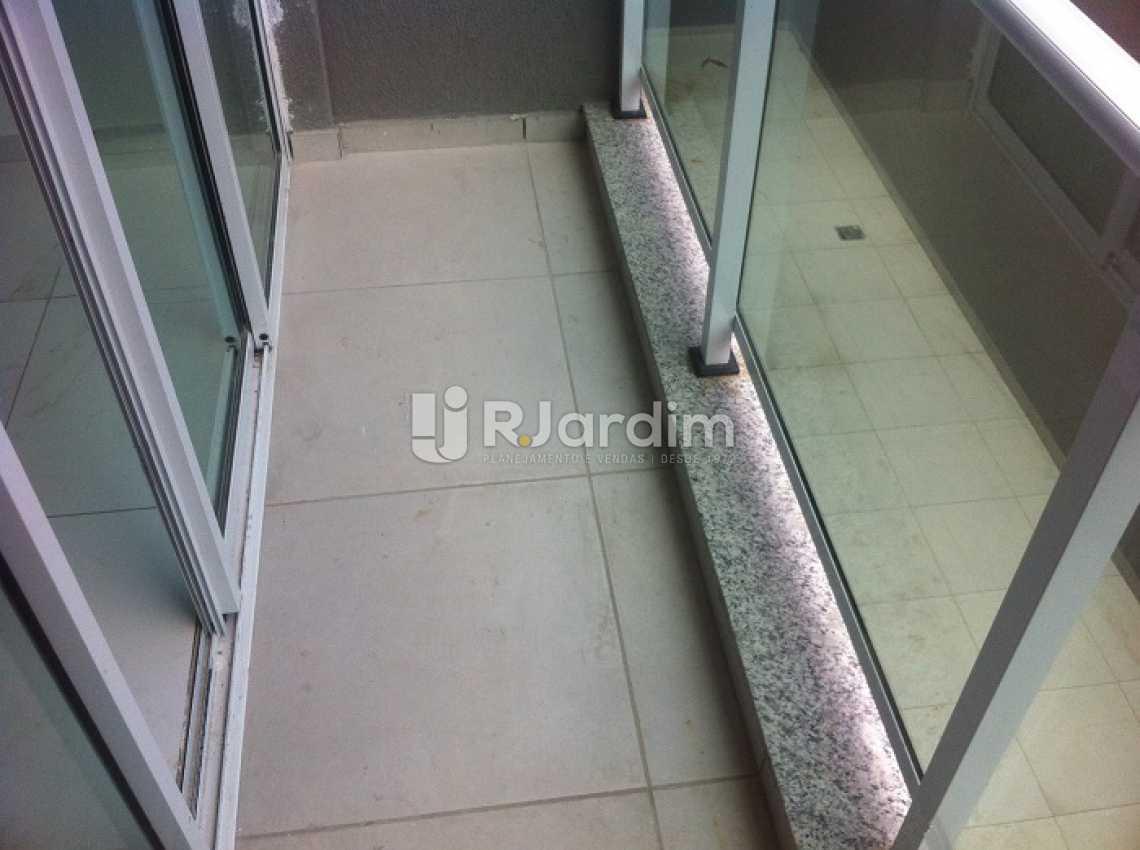 VIA MARGUTTA - Via Margutta Apartamento Tijuca 2 Quartos - LAAP20860 - 6