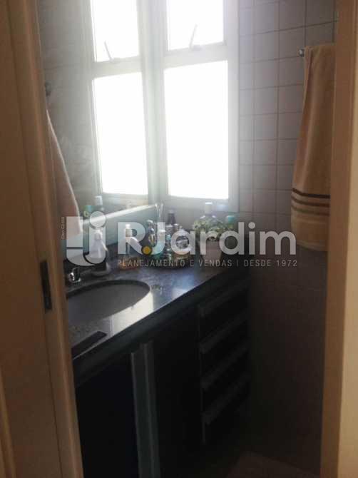 banheiro social - Apartamento Lagoa 2 Quartos Garagem - LAAP20861 - 17