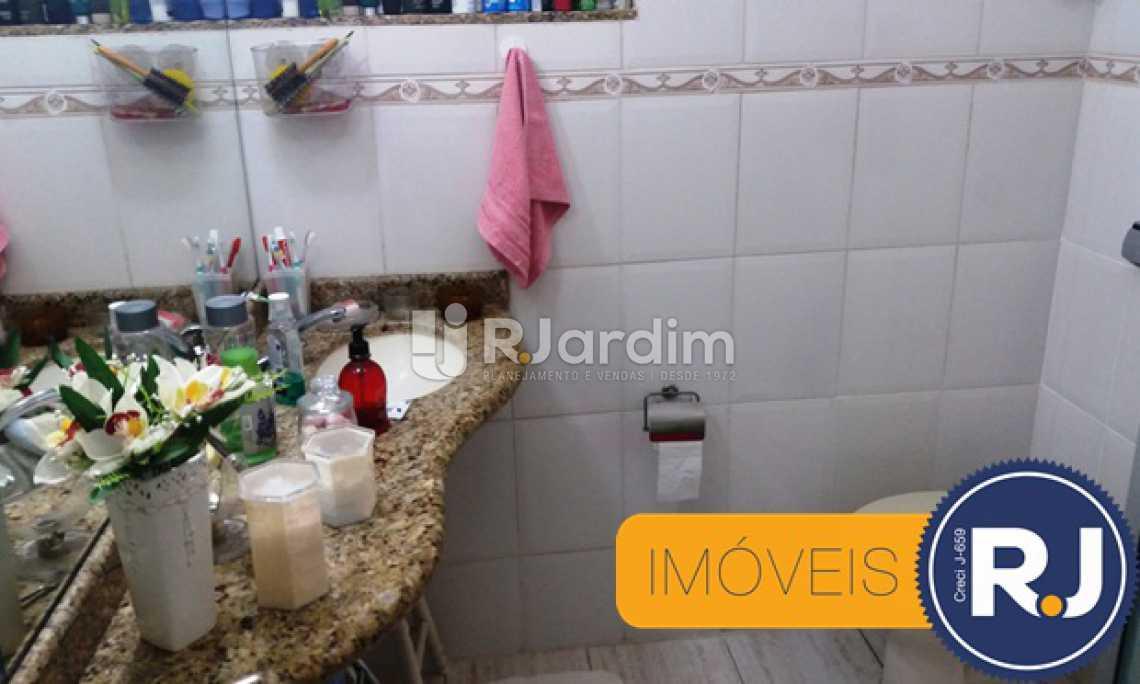 BANHEIRO SOCIAL  - Imóveis Compra e Venda Andaraí 2 Quartos - LAAP20868 - 17