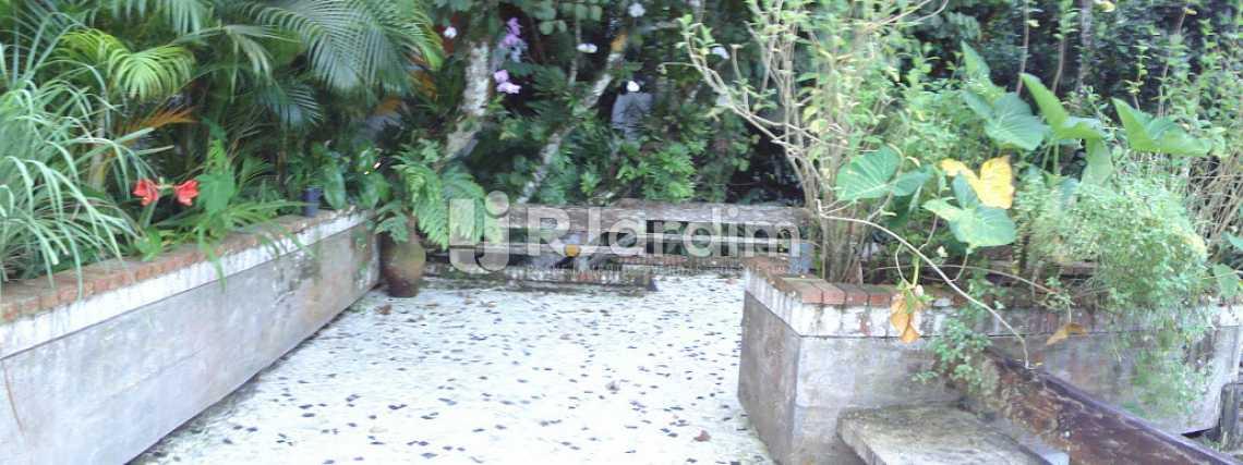 acesso / segundo piso - Casa em Condomínio Triplex Residencial São Conrado 4 Quartos - LACN40009 - 16
