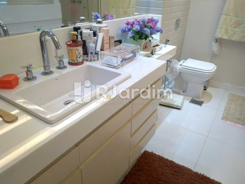 banheiro  - Apartamento 4 quartos à venda Jardim Botânico, Zona Sul,Rio de Janeiro - R$ 4.100.000 - LAAP40511 - 11