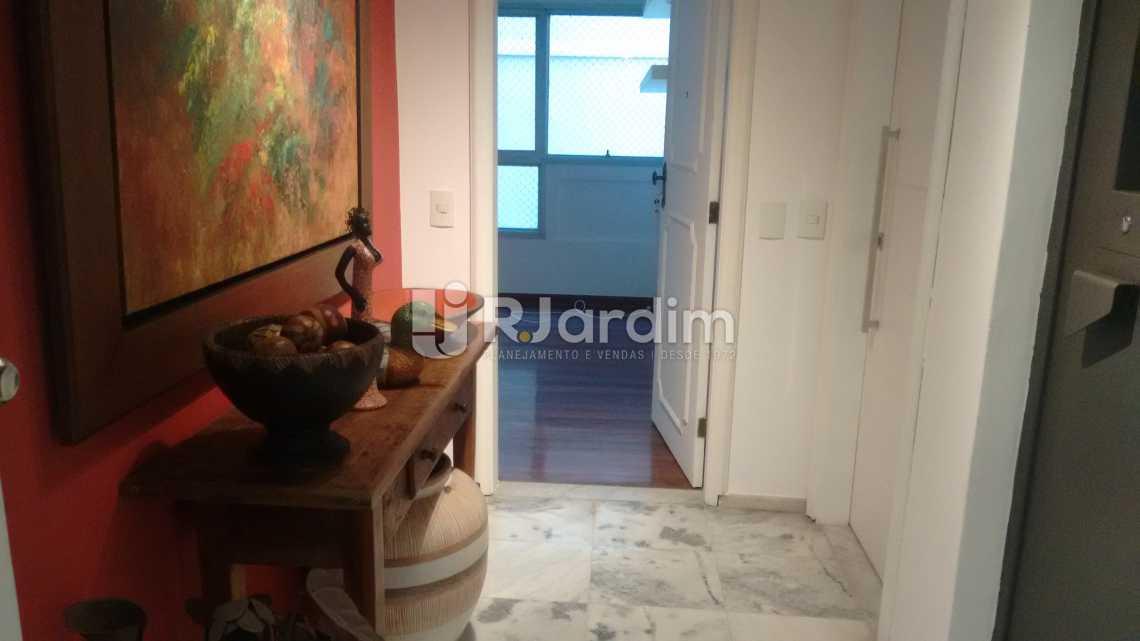 entrada social  - Apartamento PARA ALUGAR, Leblon, Rio de Janeiro, RJ - LAAP40522 - 4