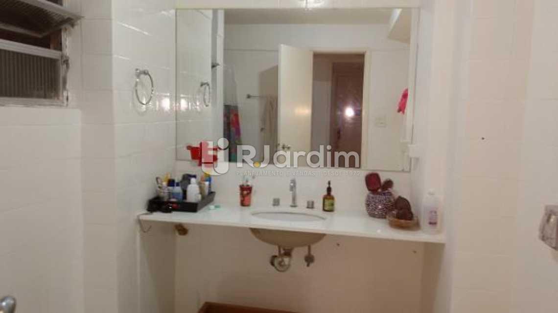 banheiro social - Apartamento 3 quartos à venda Ipanema, Zona Sul,Rio de Janeiro - R$ 2.200.000 - LAAP31223 - 13