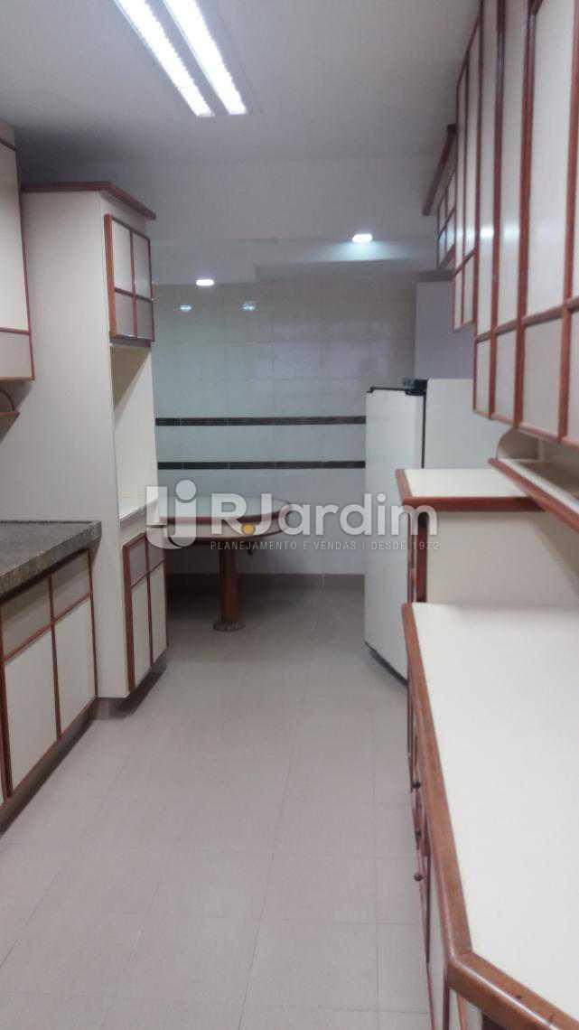 Cozinha - Apartamento À VENDA, Copacabana, Rio de Janeiro, RJ - LAAP31231 - 9