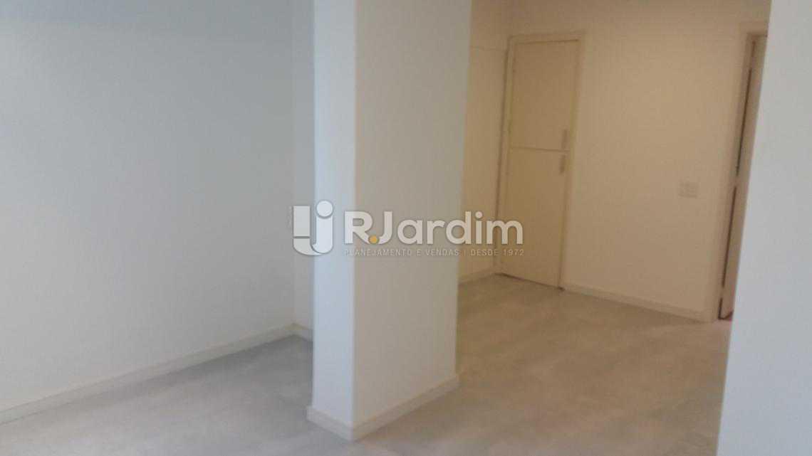 Sala íntima - Apartamento À VENDA, Copacabana, Rio de Janeiro, RJ - LAAP31231 - 12