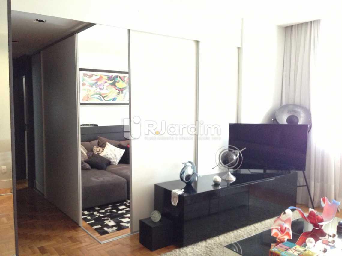 foto do 3 quarto com porta de  - Apartamento Residencial Copacabana - LAAP31241 - 8