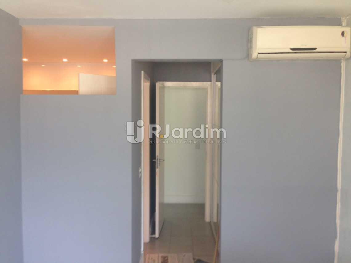 Suíte 1 - Apartamento Padrão Residencial Humaitá - LAAP31250 - 12