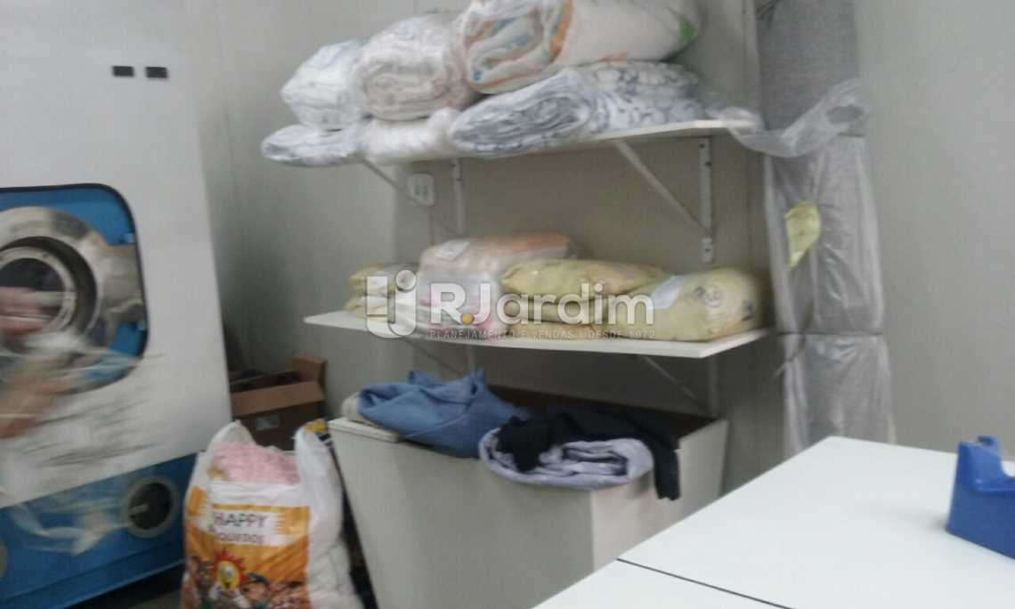 interior / loja  - Loja À VENDA, Copacabana, Rio de Janeiro, RJ - LALJ00070 - 3