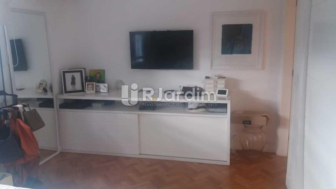 Suíte - Imóveis Compra e Venda Copacabana 3 Quartos - LAAP31258 - 10