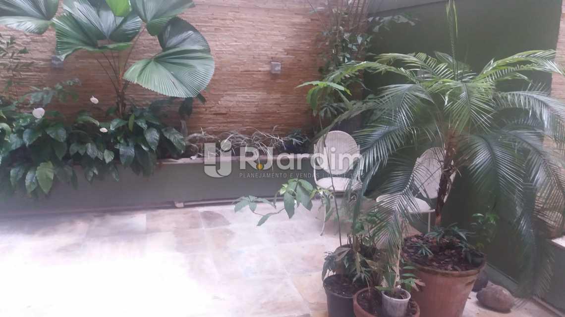 Terraço - Imóveis Compra e Venda Copacabana 3 Quartos - LAAP31258 - 1