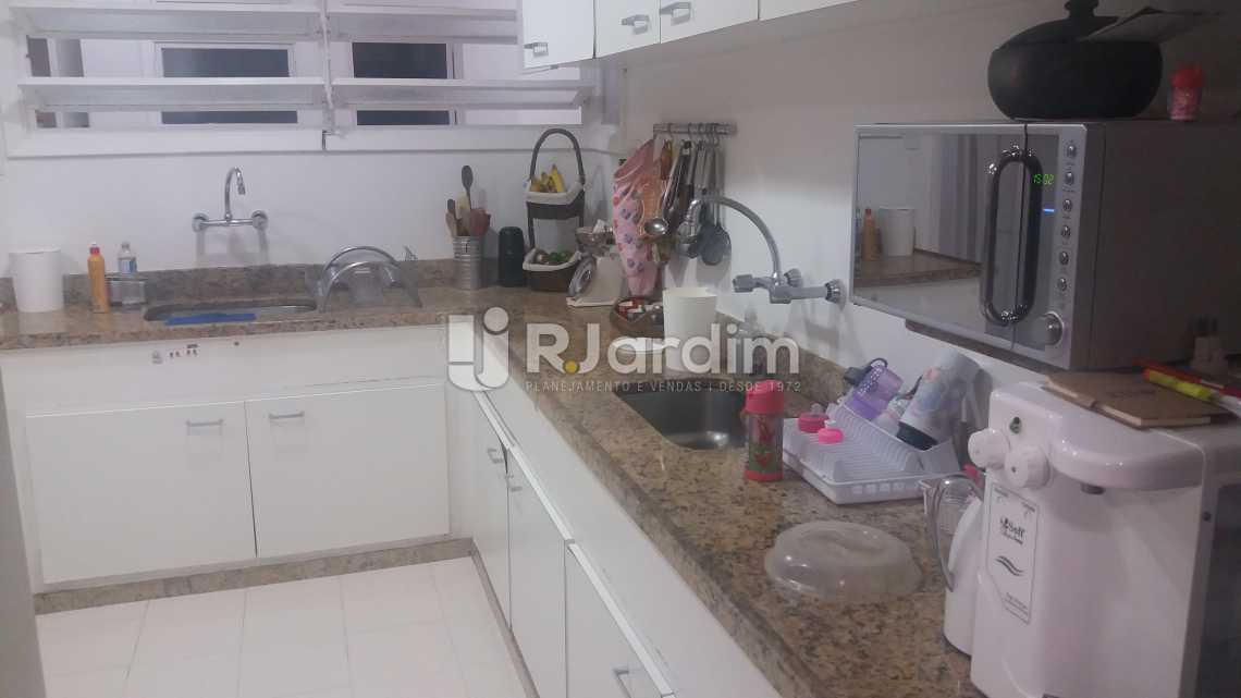 Cozinha - Imóveis Compra e Venda Copacabana 3 Quartos - LAAP31258 - 23