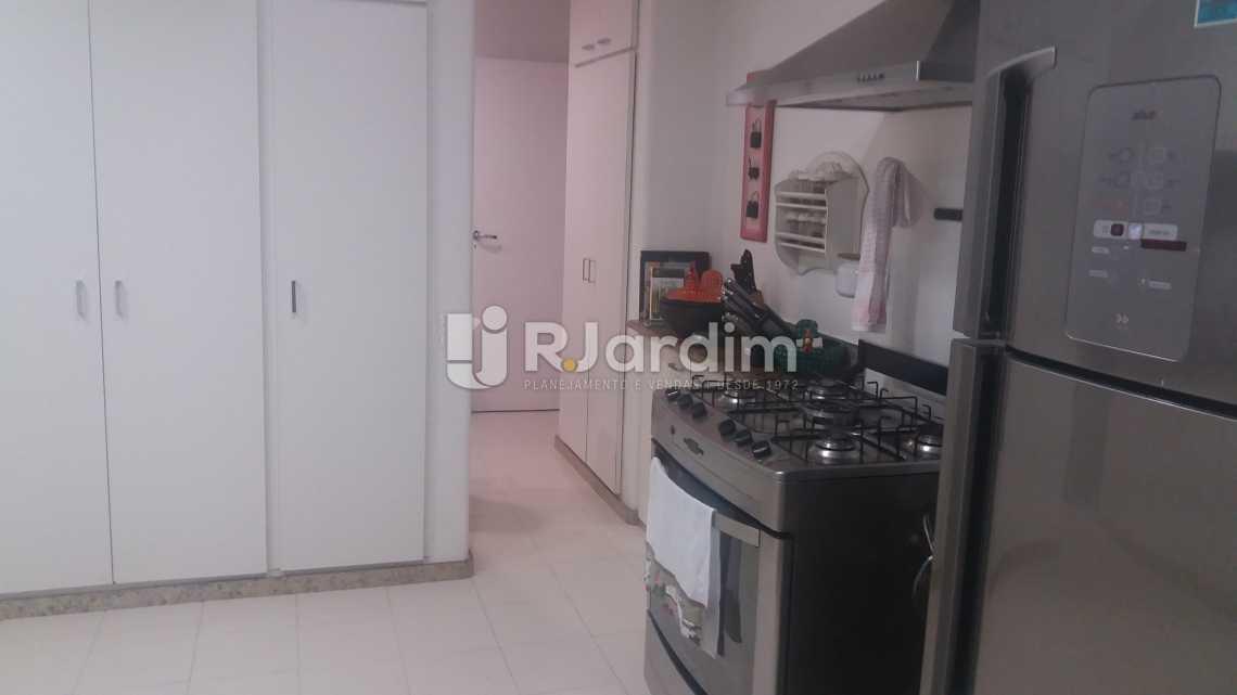 Cozinha - Imóveis Compra e Venda Copacabana 3 Quartos - LAAP31258 - 24
