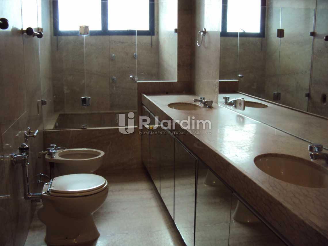 banheiro suíte - Compra Venda Avaliação Imóveis Apartamento Lagoa 4 Quartos - LAAP40530 - 9