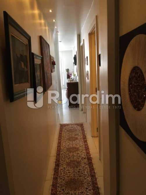 Circulação - Apartamento Padrão Residencial Botafogo - LACO30176 - 21