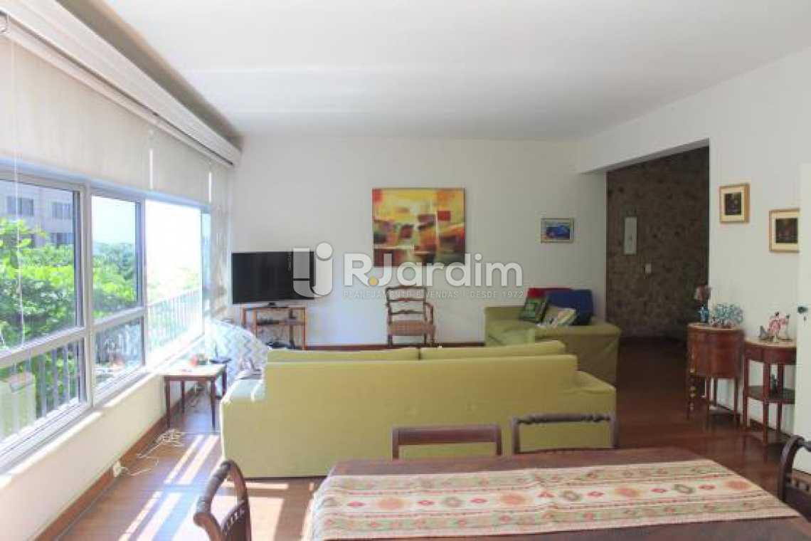 Sala  - Cobertura na Quadra da Praia, Leblon, Rio de Janeiro - LACO30178 - 1