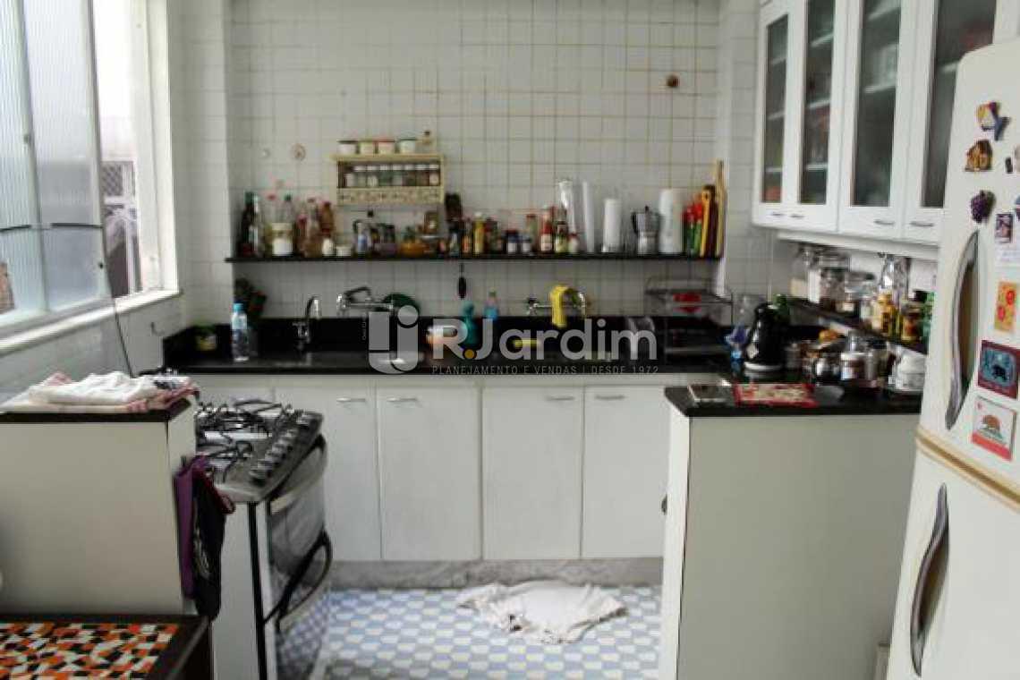 Cozinha - Cobertura na Quadra da Praia, Leblon, Rio de Janeiro - LACO30178 - 15