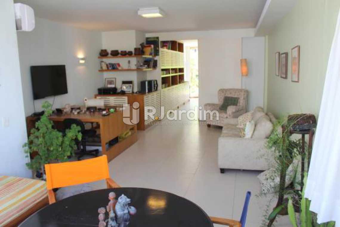 Sala terraço - Cobertura na Quadra da Praia, Leblon, Rio de Janeiro - LACO30178 - 17