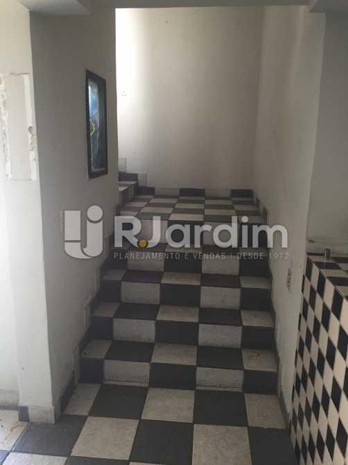 Escada de acesso 2° andar - Imóveis Compra Venda Joá Casa Comercial - LACC40004 - 11