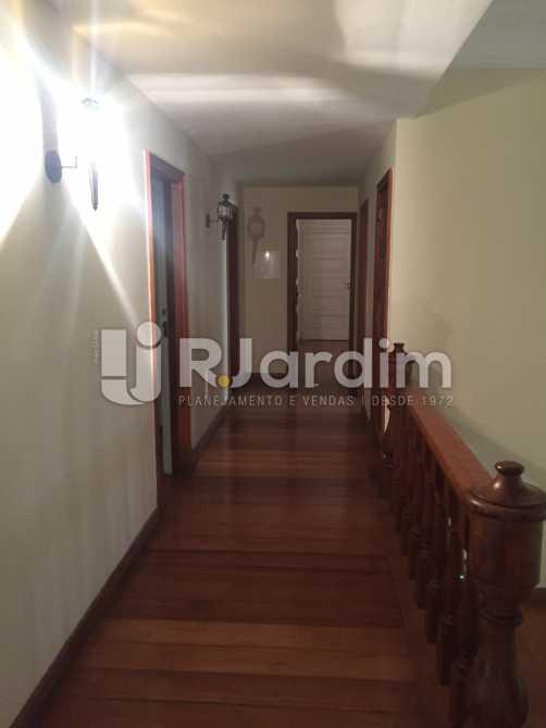 Corredor de circulação - Imóveis Aluguel Jardim Botânico Casa - LACA50018 - 8
