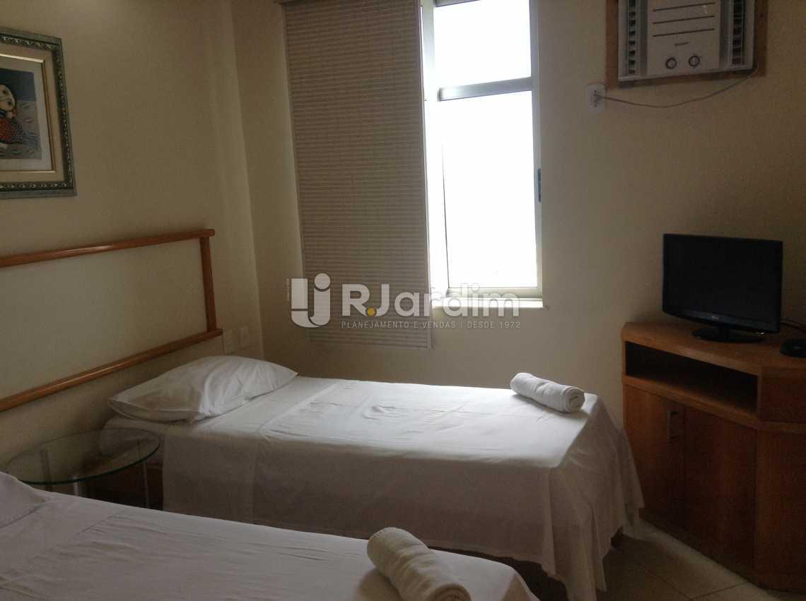 QUARTO 4 - Apartamento Padrão Residencial Copacabana - LAAP40565 - 19