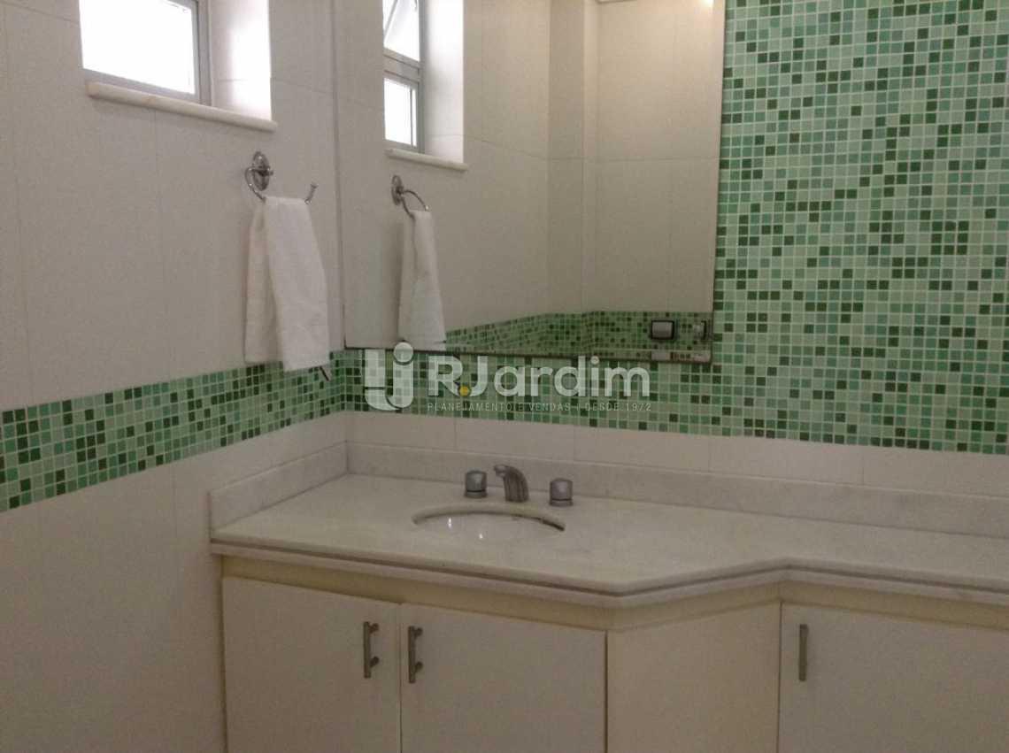 BANHEIRO SUITE 3 - Apartamento Padrão Residencial Copacabana - LAAP40565 - 17