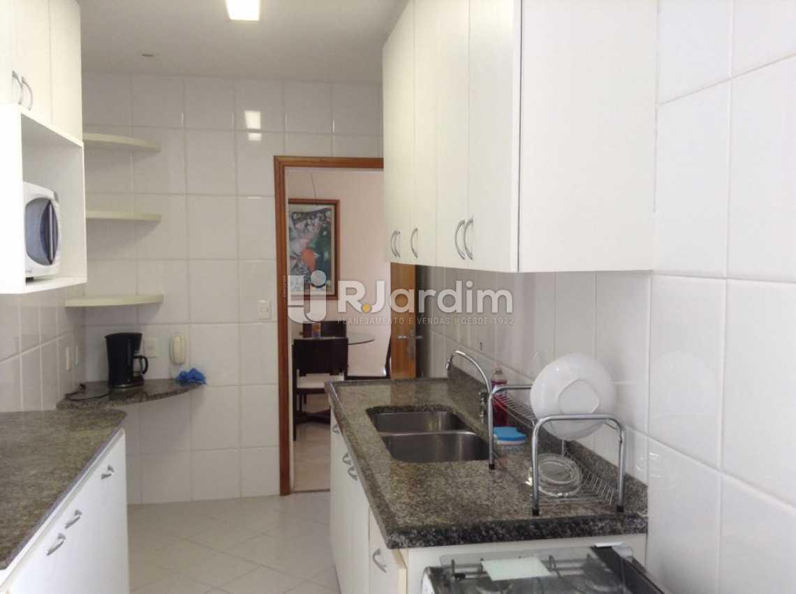 COZINHA  - Apartamento Padrão Residencial Copacabana - LAAP40565 - 22