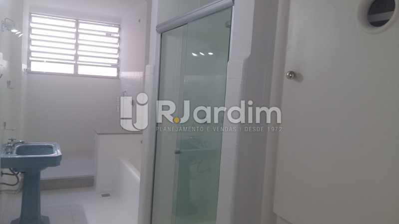 Banheiro social 2 - Apartamento PARA ALUGAR, Copacabana, Rio de Janeiro, RJ - LAAP32237 - 18