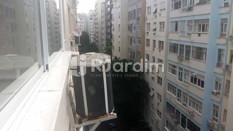 Vista para rua - Apartamento PARA ALUGAR, Copacabana, Rio de Janeiro, RJ - LAAP32237 - 8