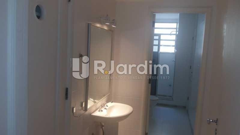 banheiro social4 - Apartamento PARA ALUGAR, Copacabana, Rio de Janeiro, RJ - LAAP32237 - 21