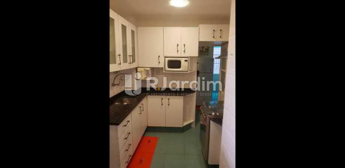 cozinha  - Três quartos uma suíte com vaga na escritura em Ipanema, em ótima oportunidade. - LAAP31395 - 15