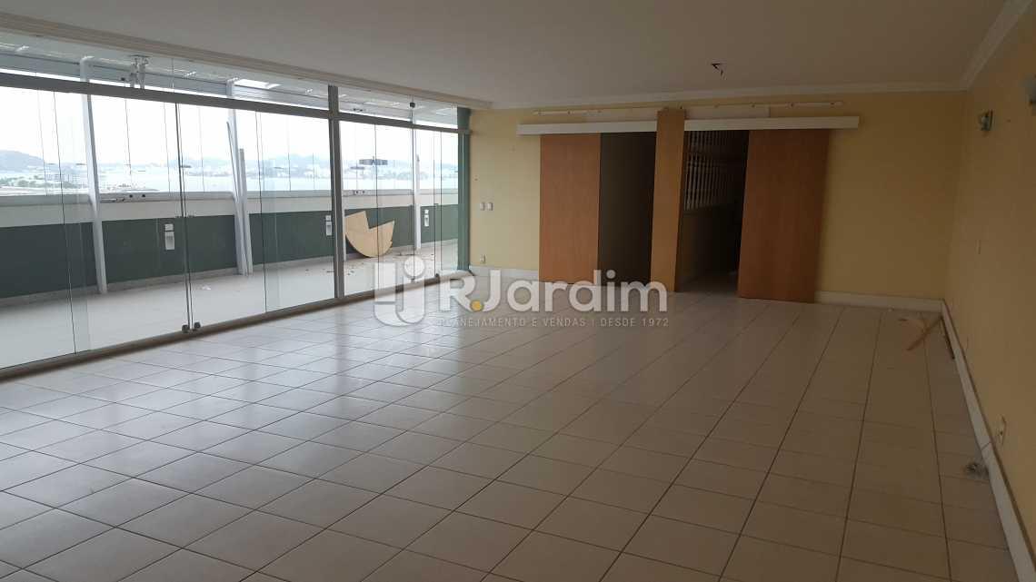 Salão 2º andar - Imóveis Aluguel Flamengo Cobertura - LACO30201 - 12