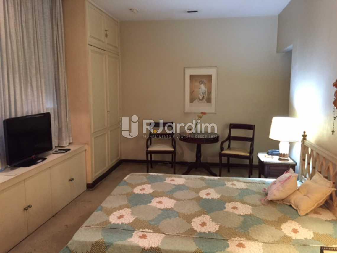 13-SUITE - Apartamento Copacabana 4 Quartos 2 Garagem Compra Venda Avaliação Imóveis - LAAP40579 - 14