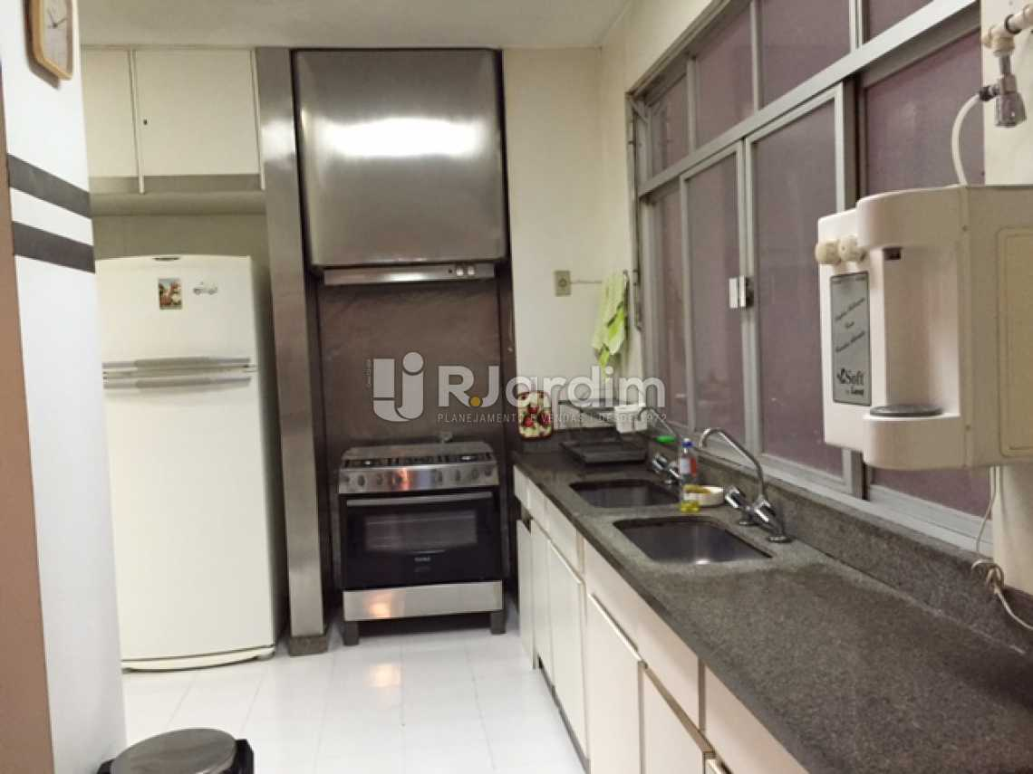 16-COZINHA - Apartamento Copacabana 4 Quartos 2 Garagem Compra Venda Avaliação Imóveis - LAAP40579 - 17