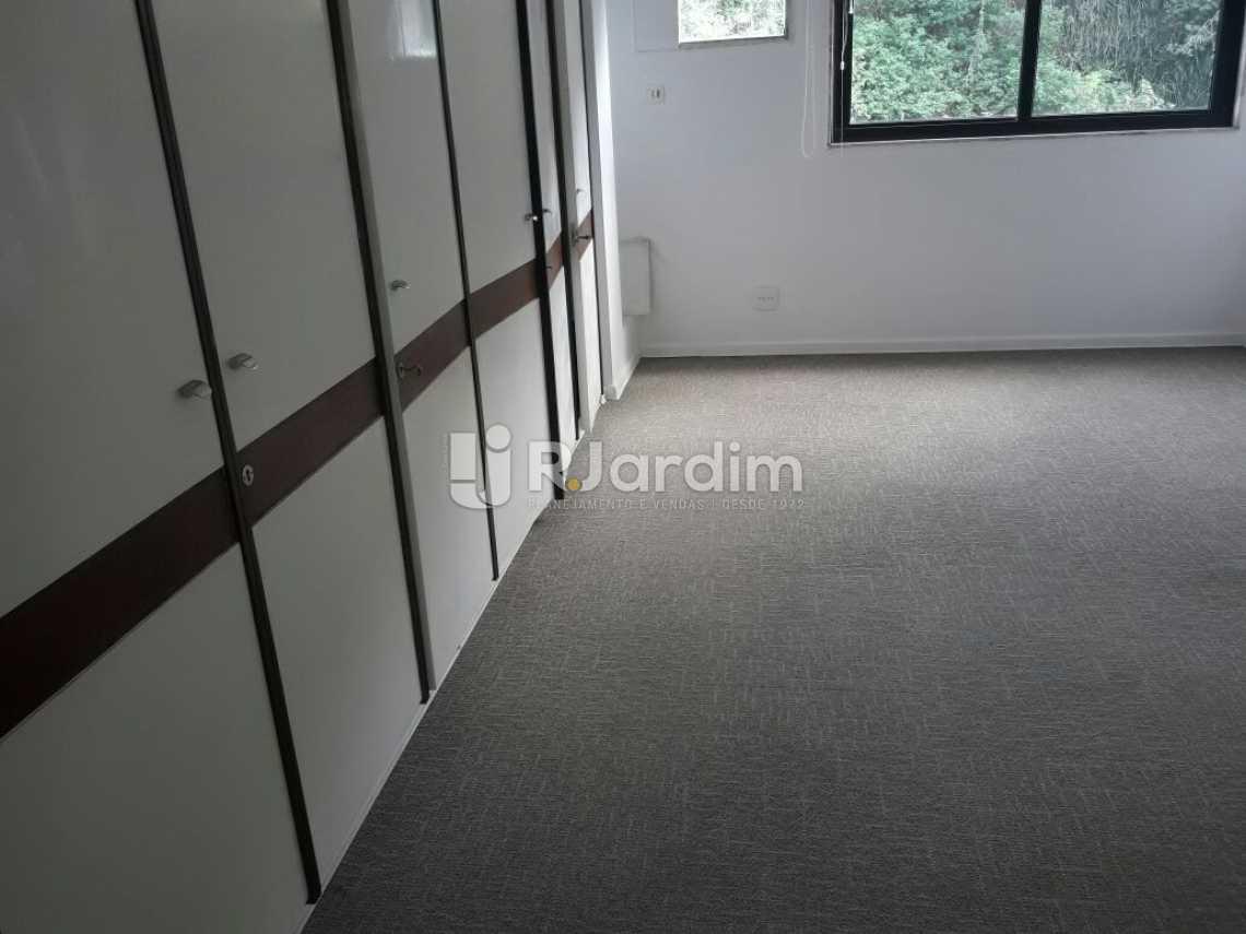 Quarto com vista pro verde - Cobertura Botafogo 4 Quartos Aluguel Administração Imóveis - LACO40127 - 16