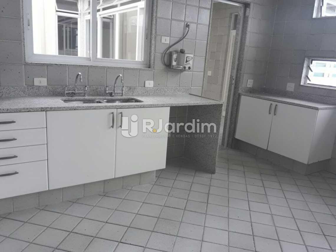 Continuação da cozinha - Cobertura Botafogo 4 Quartos Aluguel Administração Imóveis - LACO40127 - 27