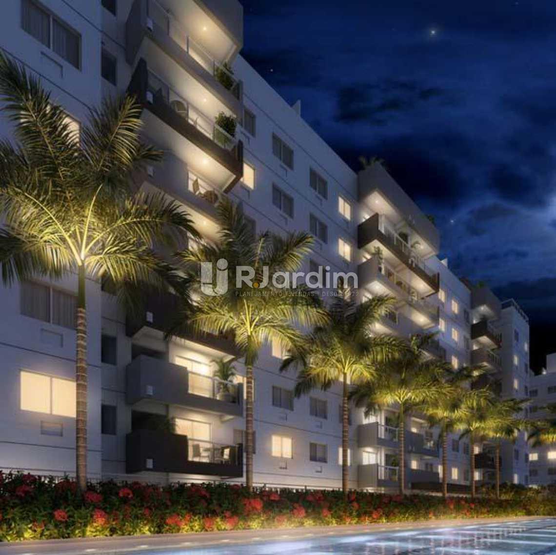 FACHADA NOTURNA - Apartamento À VENDA, Recreio dos Bandeirantes, Rio de Janeiro, RJ - LAAP31478 - 5