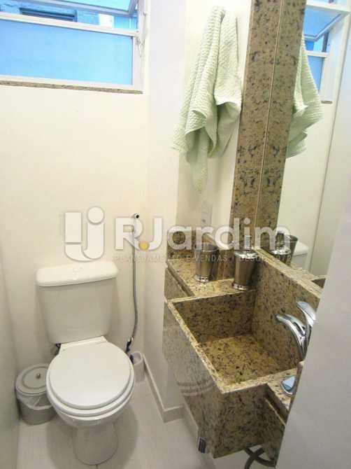 banheiro social  - Imóveis Compra Venda Leblon 2 Quartos - LAAP21010 - 10
