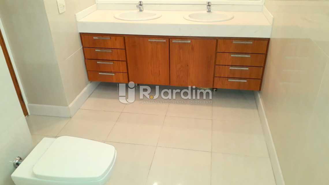 banheiro da suíte  - Apartamento 3 quartos Copacabana - LAAP40589 - 21