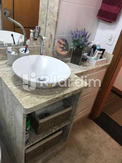 Banheiro  - Apartamento À VENDA, Flamengo, Rio de Janeiro, RJ - LAAP31445 - 12