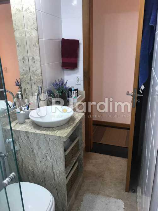 Banheiro  - Apartamento À VENDA, Flamengo, Rio de Janeiro, RJ - LAAP31445 - 13