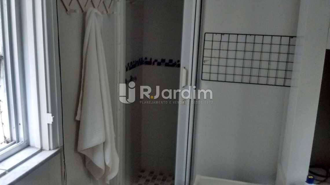 BANHEIRO DA SUITE - Apartamento À VENDA, Copacabana, Rio de Janeiro, RJ - LAAP31516 - 10
