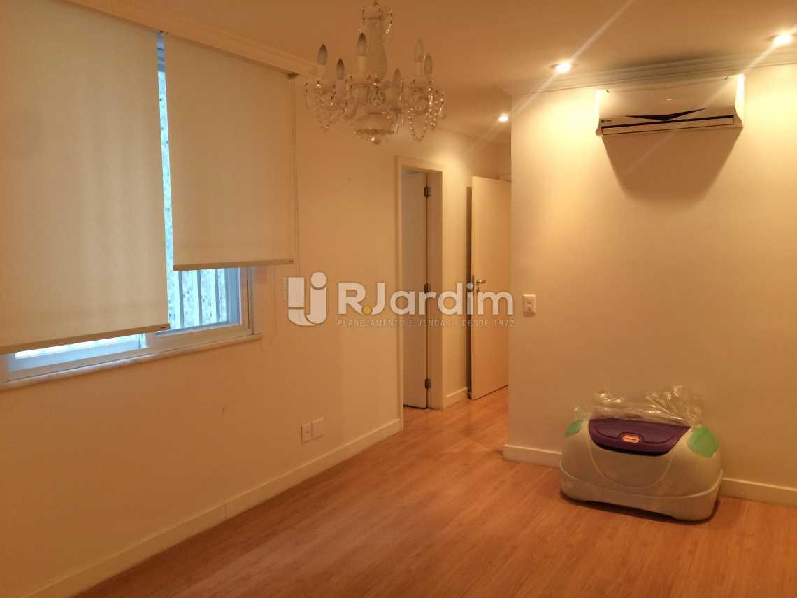 suíte - Compra Venda Avaliação Imóveis Apartamento Ipanema 2 Quartos - LAAP21075 - 12